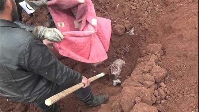 Mass Grave of Several ISIL Victims Found in Eastern Syria